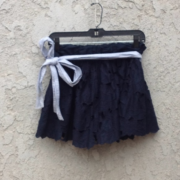 Abercrombie & Fitch Dresses & Skirts - Women's Abercrombie and Fitch navy blue skirt